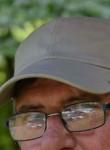 Claude, 66  , Florenville