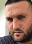Aleksandar, 24  , Belgrade
