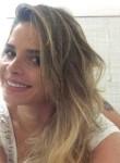 Sabrina Aguiar , 32  , Vitoria da Conquista