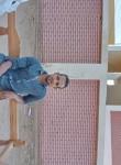 عرفه محمد, 22, Tahta