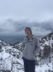 Ahmet, 18  , Sultanbeyli