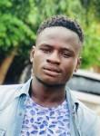 Aziz, 20  , Ouagadougou
