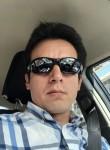 Ricardo, 37  , Quito