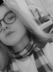 Alexandra, 18  , Henin-Beaumont