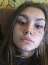 Anastasiya, 18, Russia, Novokuznetsk