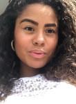 Amy, 21, London