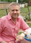 Serzh , 50  , Ridder