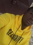 Chris, 22  , Yaounde