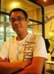 郑直和, 42, Manila