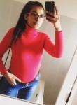 halima, 23  , Salerno