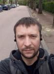 Aleksandr, 33  , Paris
