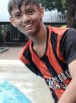 Austin, 18  , Badlapur