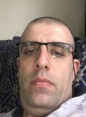 Elie, 39, Lebanon, Beirut