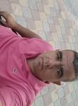 Tezcan, 40  , Kryve Ozero