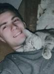 Vitaliy, 23  , Omsk