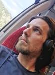 Yann, 40  , Pierrelaye