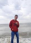 Lucas, 24  , Canoinhas