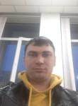 Maks, 37  , Taraz
