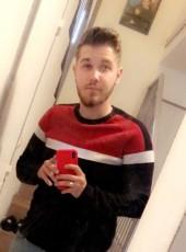 adrien, 22, France, Lyon