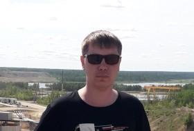 Vitaliy, 31 - Just Me