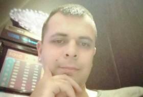 Raj Jancsi, 32 - Just Me