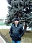 Konstantin , 32  , Azov