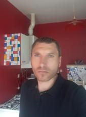 Jean francois, 35, France, Bruay-la-Buissiere