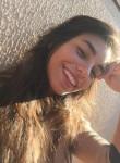 Larissa , 22, Curitiba