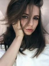 Eseniya, 19, Russia, Lakhdenpokhya
