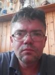 Férfi, 40  , Budapest