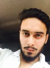 Rownak, 22, India, Kulti