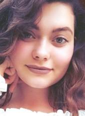 Lena, 20, Russia, Krasnoyarsk
