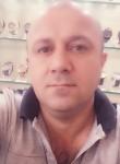 Nezar, 32  , Vaulx-en-Velin