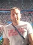 Oleg , 36  , Saint Petersburg