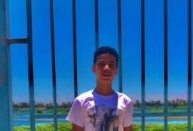 Karim, 18 - Just Me