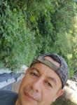 Fernando, 45  , Santa Tecla