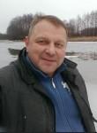Gills Petetson, 55  , Copenhagen