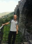 Edik, 46  , Beslan