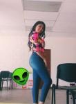 adriana, 18  , San Salvador