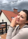 Elena, 34  , Minsk