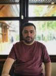 mustafa, 31, Istanbul