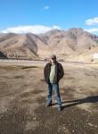 Khan, 39, Armavir