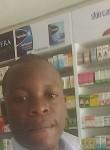 Pius, 25  , Nairobi