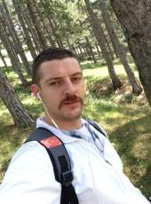 Türk, 26, Kosovo, Prizren