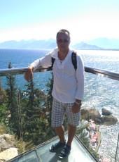 Andrejs, 44, Latvia, Riga