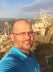 يوسف, 45  , Beirut