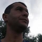 Madjid, 40  , Chemini
