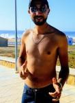 Mehdi, 18  , Rabat