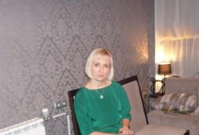 Natali, 40 - Just Me