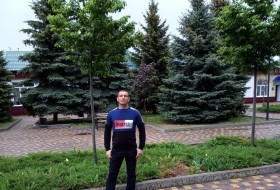 Vlad, 30 - Just Me